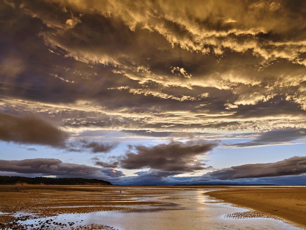 Findhorn - The Colours Of Magic